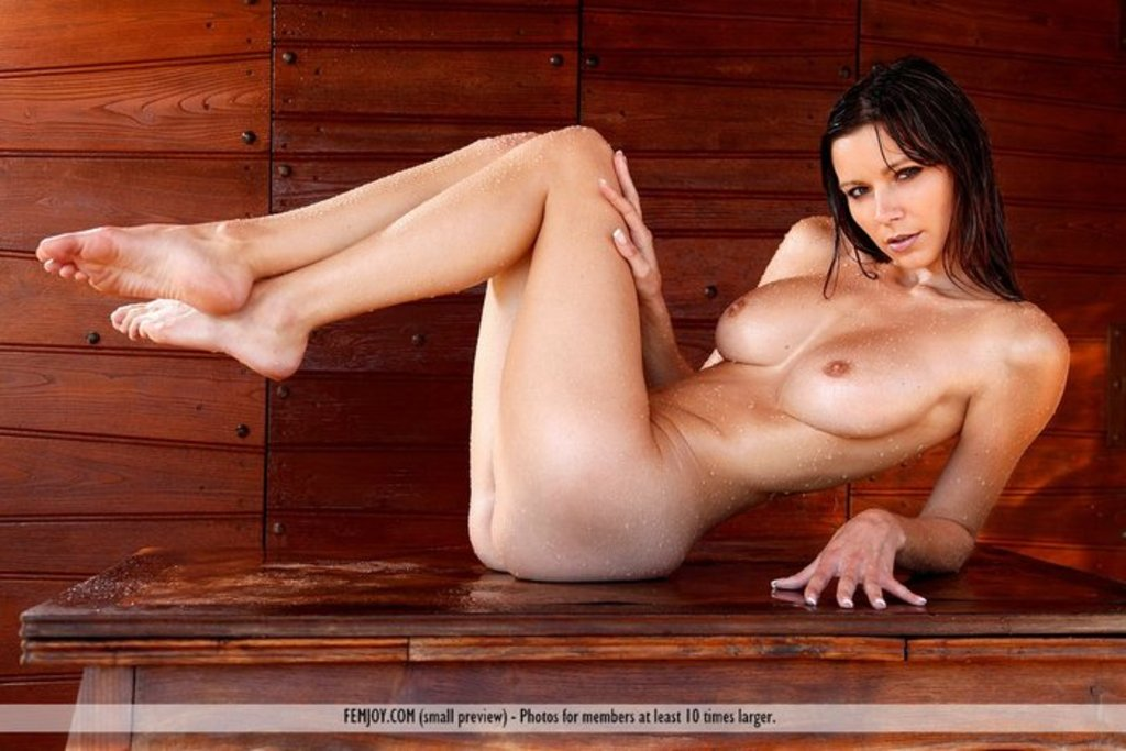 Nude beauty girls in sauna — 2